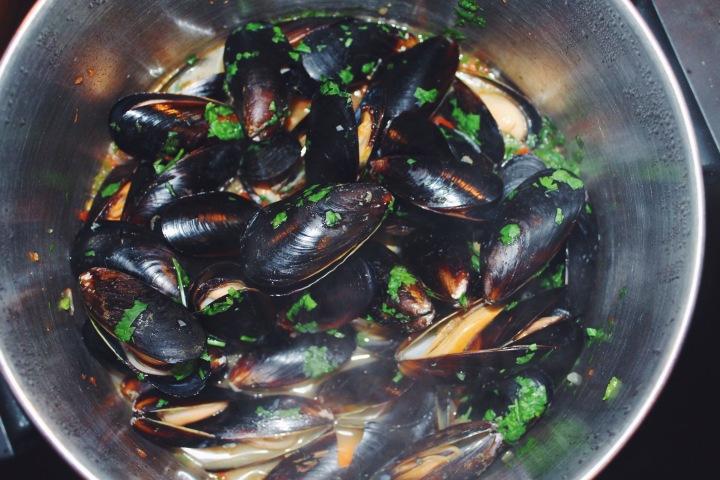 """""""Drunken"""" Mussels"""