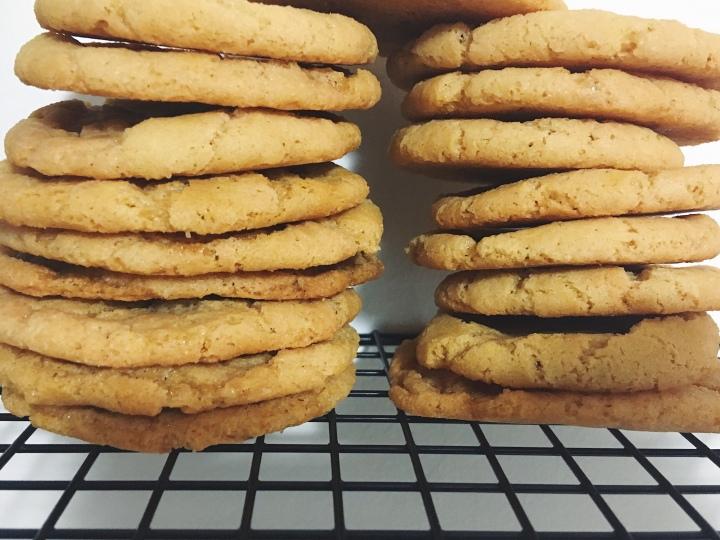5-Ingredient Peanut ButterCookies