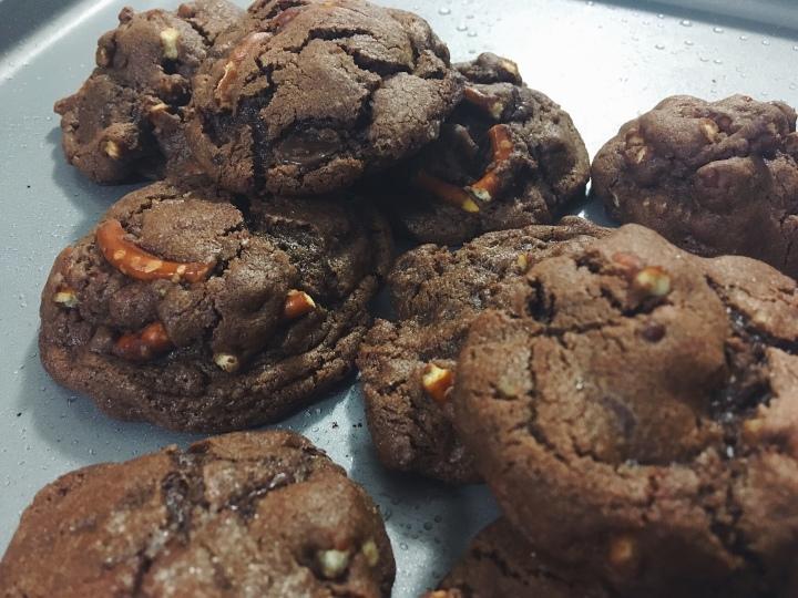Dark Chocolate PretzelCookies